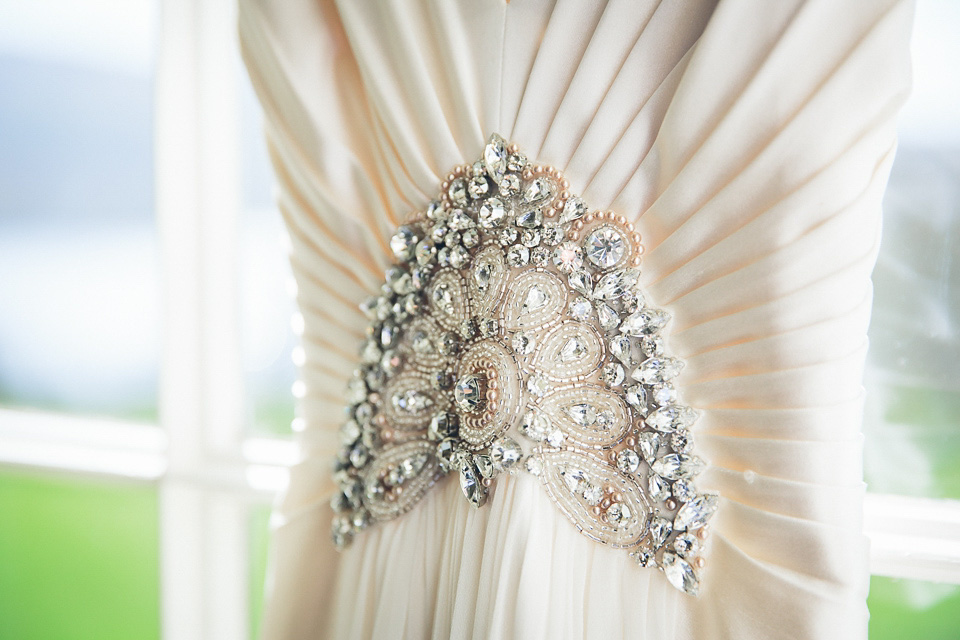wpid great gatsby wedding jenny packham lake district - Jenny Packham and  Ostrich Feather Glamour for 8ab96467da5