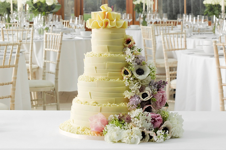 mark and spencer wedding cake delicious designs wedding cakes by marks amp spencer 17155
