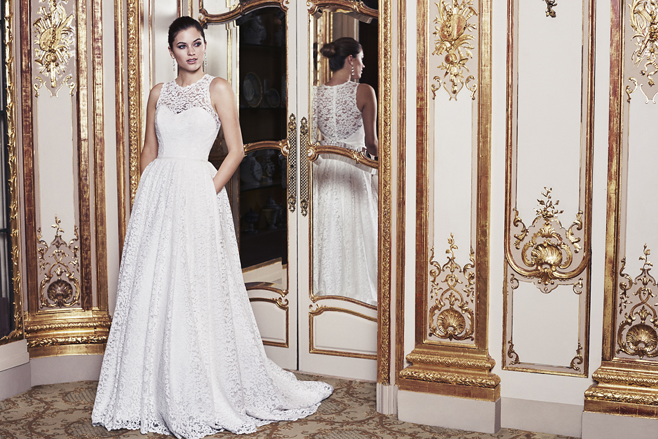Exclusive Wedding Dress Sample Sale At Caroline Castiglianos