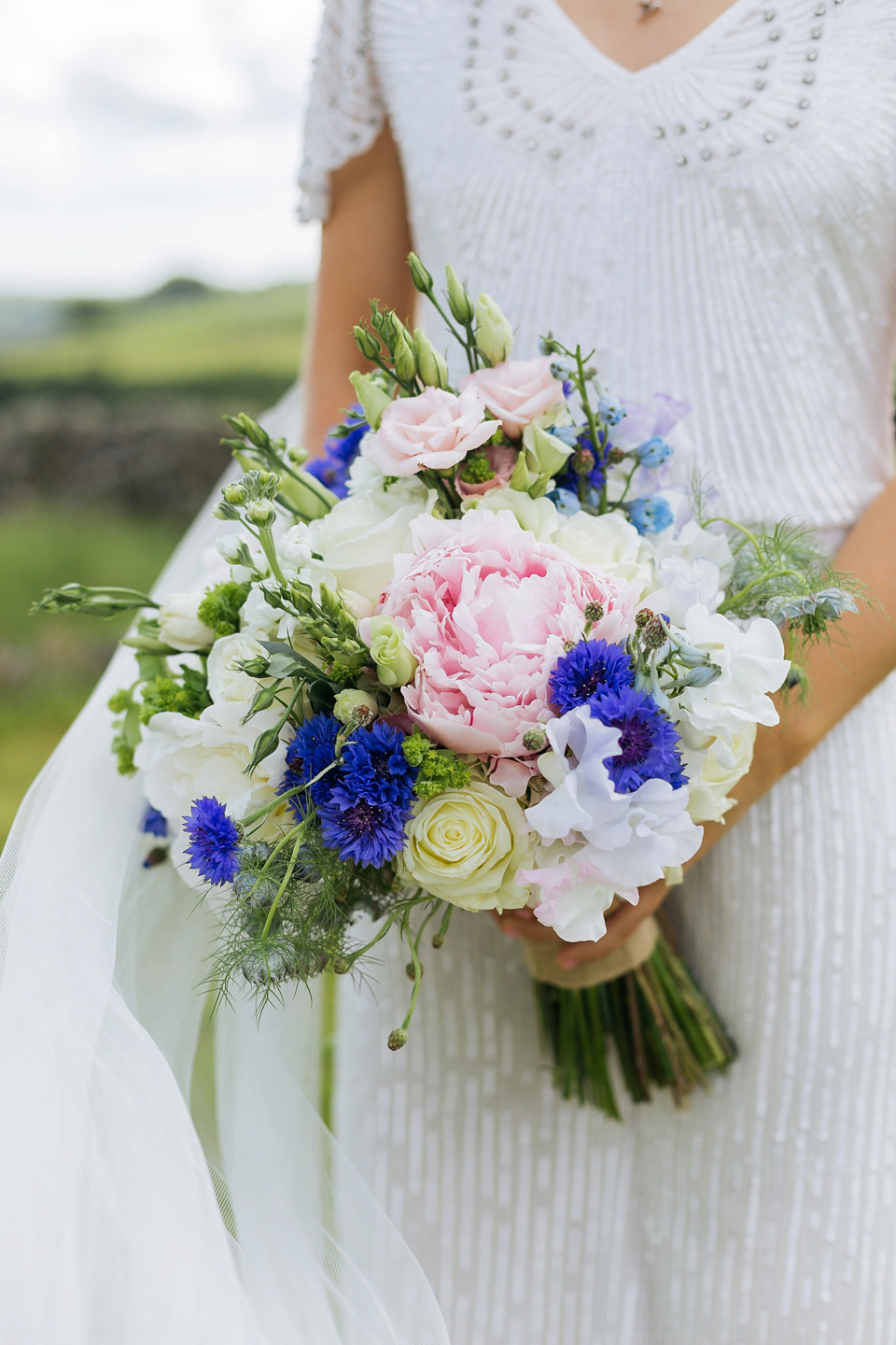 a north yorkshire wedding full pretty pastel shades and