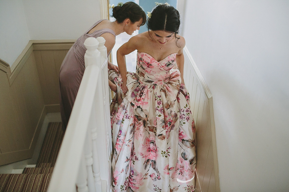 ... wpid wendy makin floral wedding dress - A Wendy Makin Floral Gown for a  Rustic and ... 059b18e0f