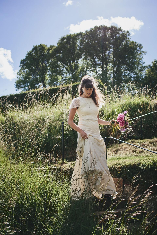 Roses In Garden: English Country Garden Wedding Elegance