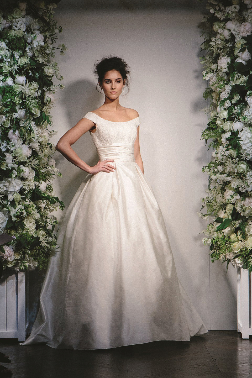 Chic Elegant Fabulous Wedding Gowns By The Incomparable Stewart