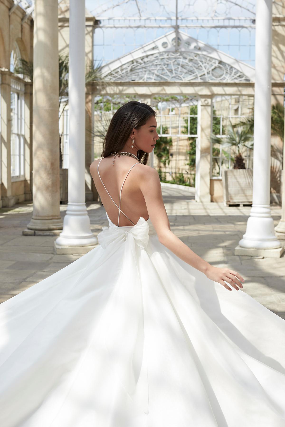 Si Holford Twenty17 Fierce Fashion Forward Wedding Dresses Bridal Beauty