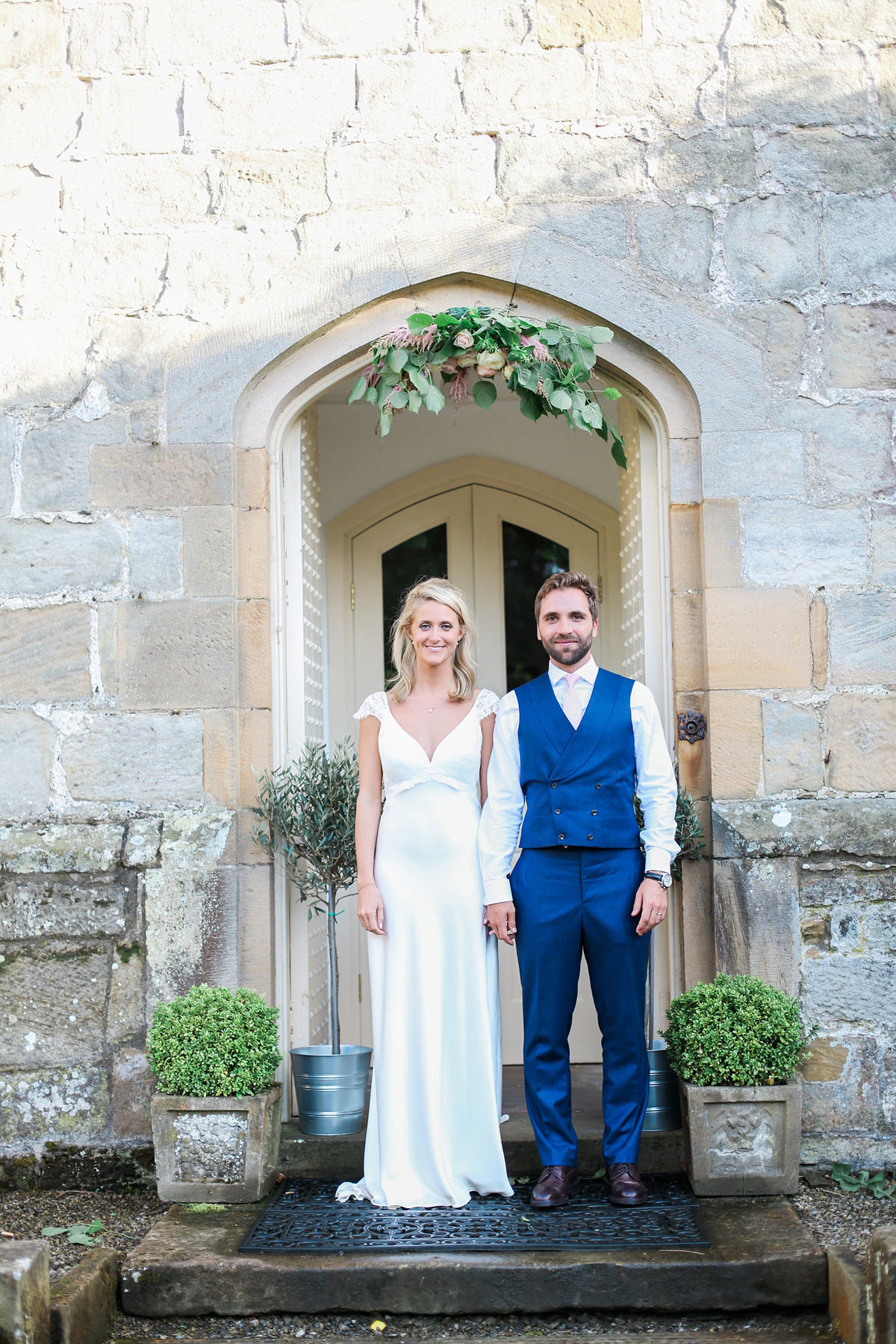 """60780567c6 ... wpid sassi holford english country garden wedding - Sassi Holford  Elegance for a Romantic English Country. """""""