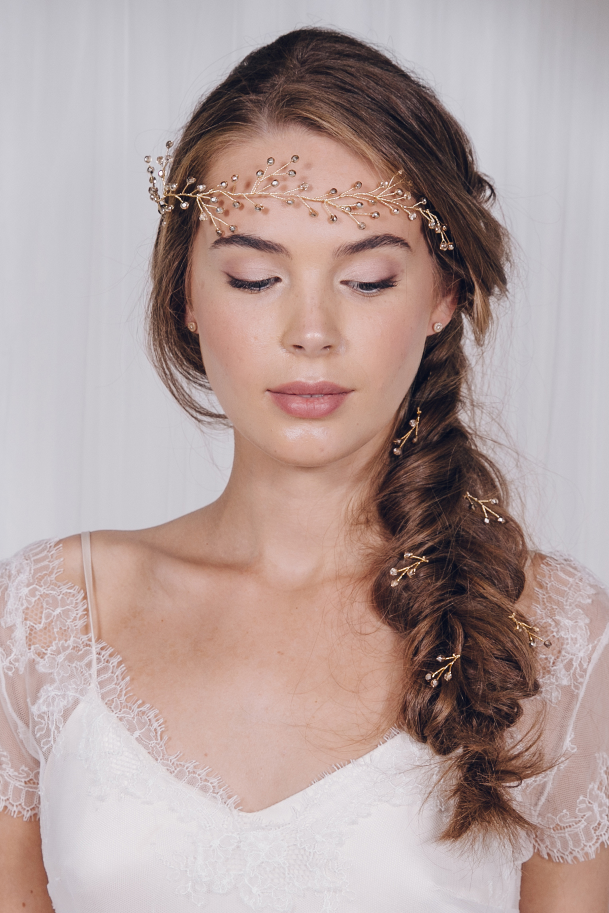 a guide to bridal hair accessory styling with debbie carlisle