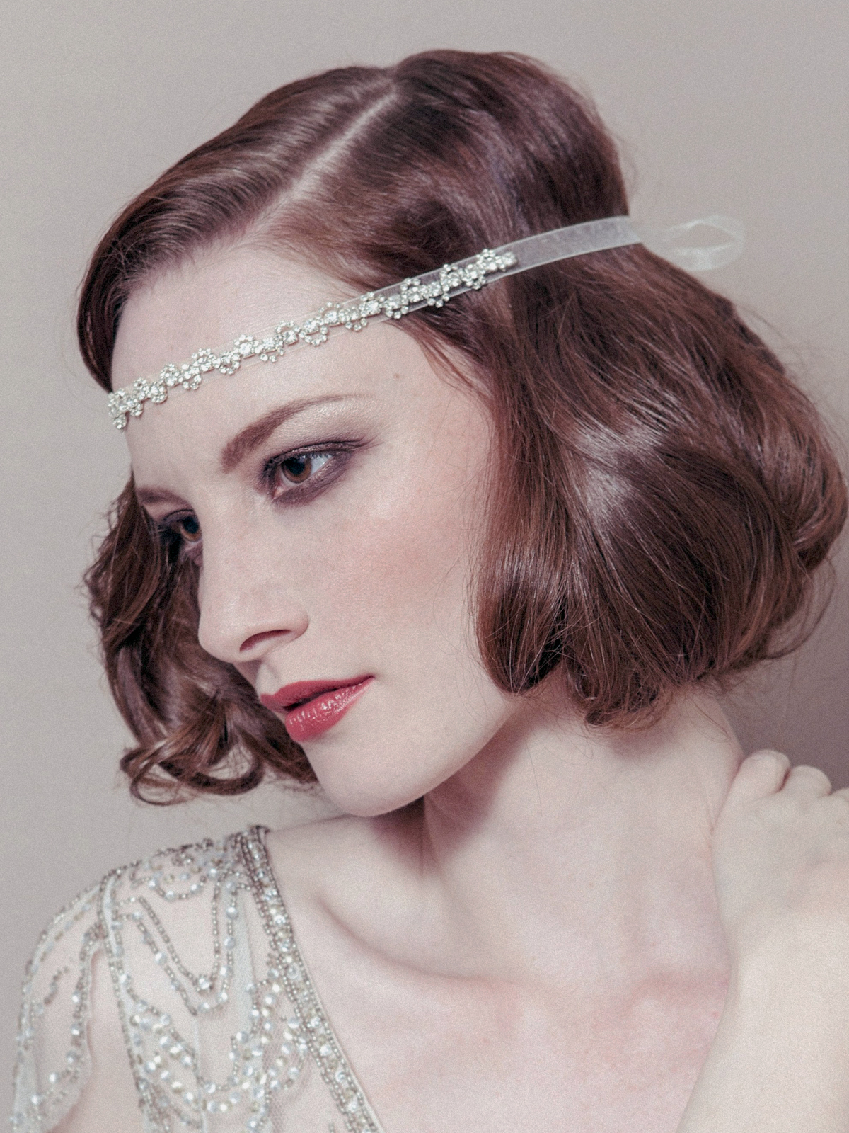 flapper hairstyles for curly hair - HD964×1305