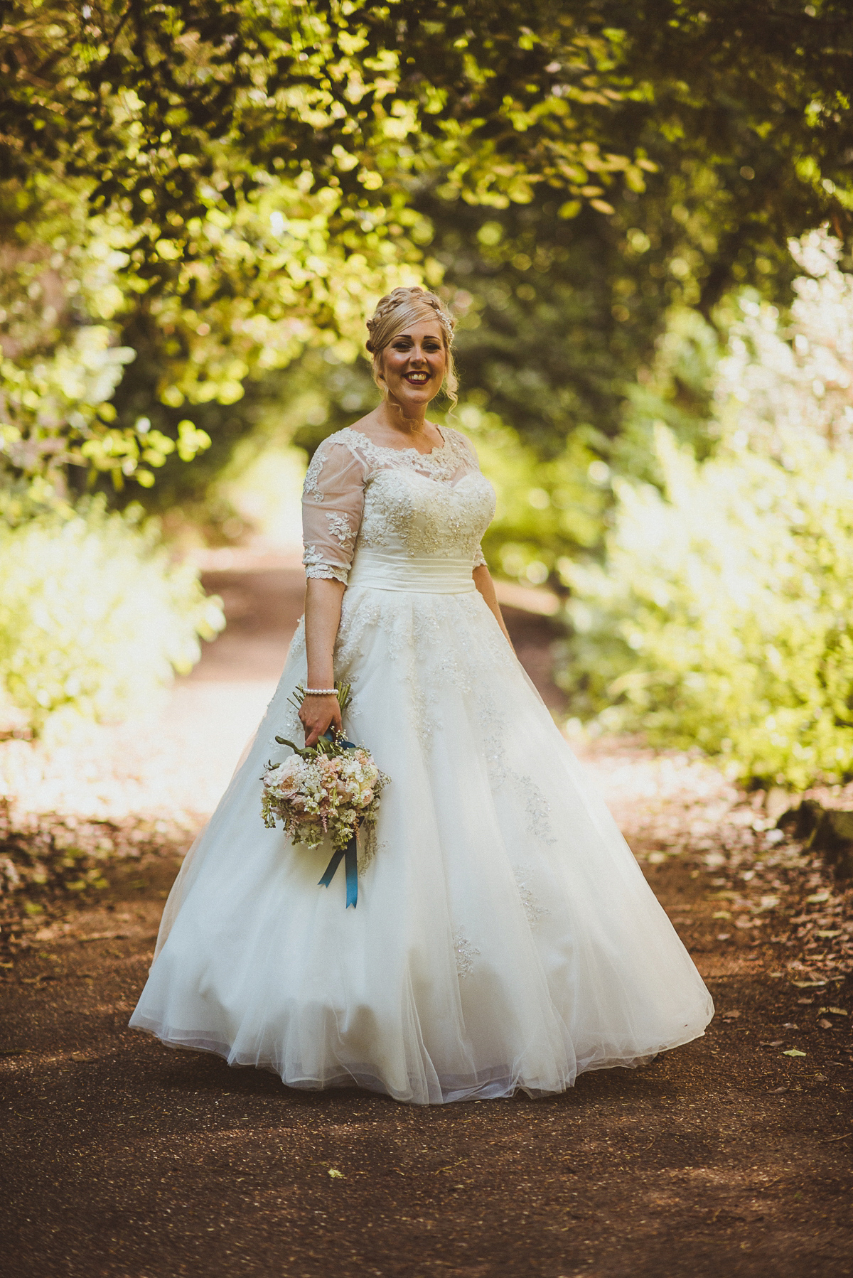 175607be608 ... as you like it city pub wedding matt penberthy photography -  Bridesmaids in White for an ...
