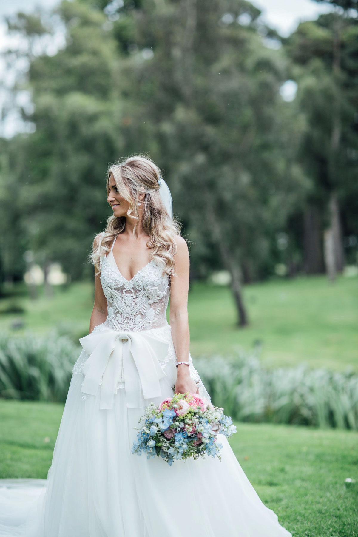 0b34a3b8024 ... pale blue vera wang walled garden wedding - A Vera Wang Gown for a  Whimsical and