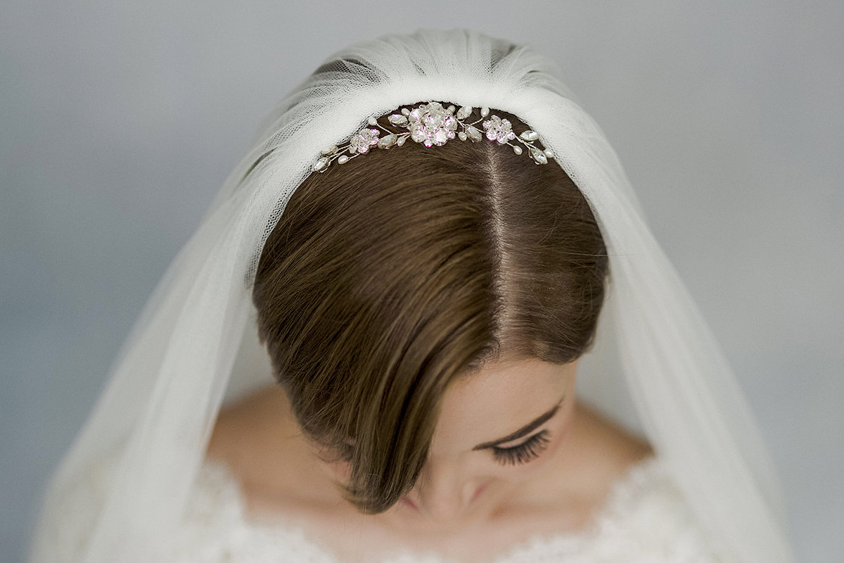 How To Style Wedding Hair Accessories With Short Hair Love My Dress Uk Wedding Blog Wedding Directory