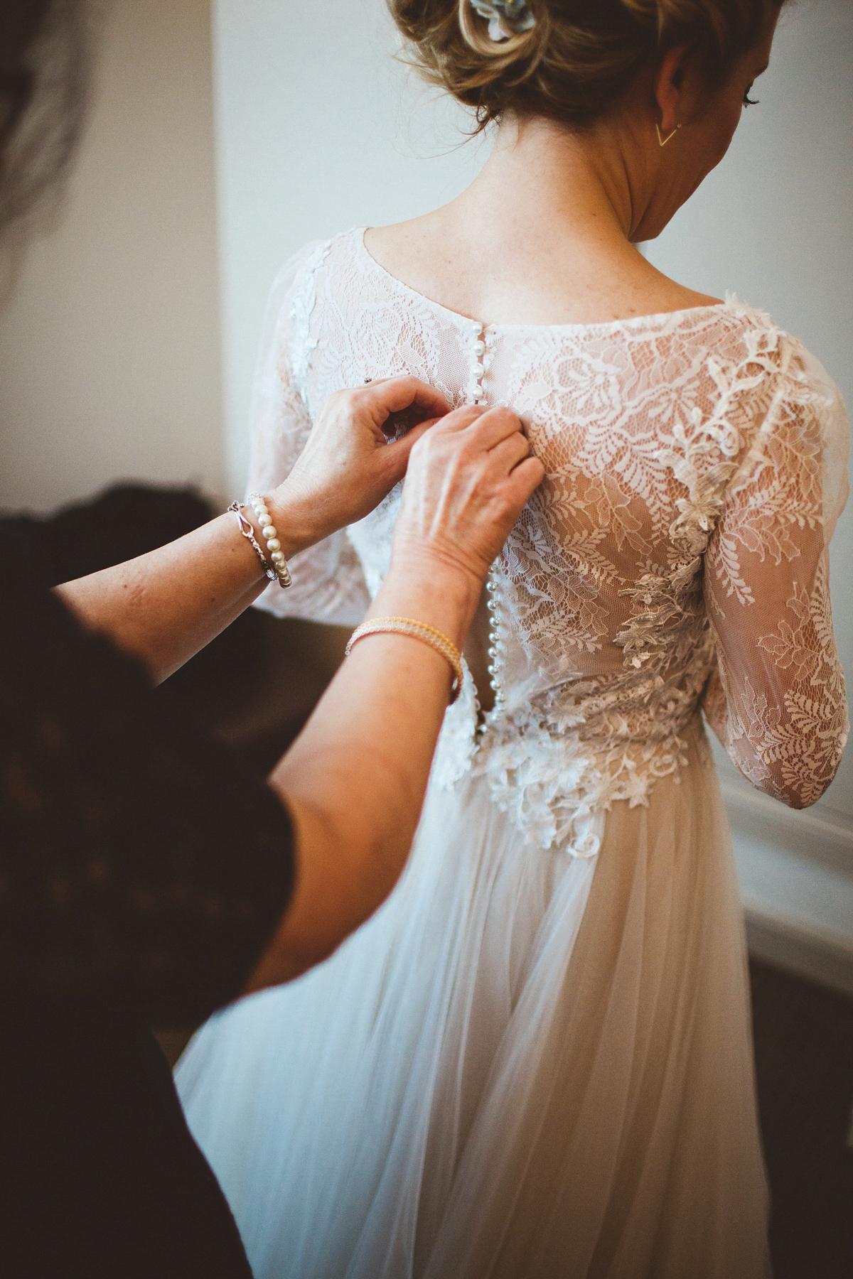 3441c9d643387 bhldn dress industrial inspired winter wedding - A BHLDN Dress and Velvet  Flower Crown For an