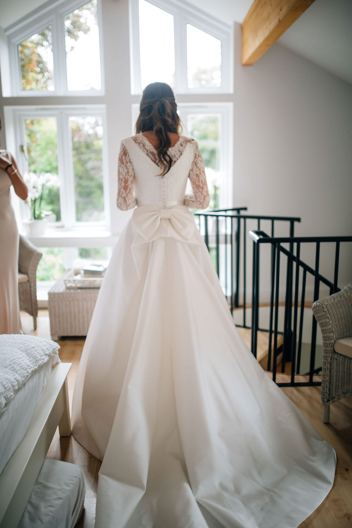 """0c61a1512b52 suzanne neville bride big bow - A Suzanne Neville Gown For A Luxurious and  Provençal Inspired. """""""