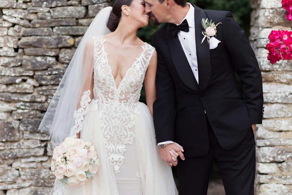 7ac9513af64 berta bride aynhoe park wedding - Aynhoe Park Black Tie + Berta Bride  Glamour for a ...