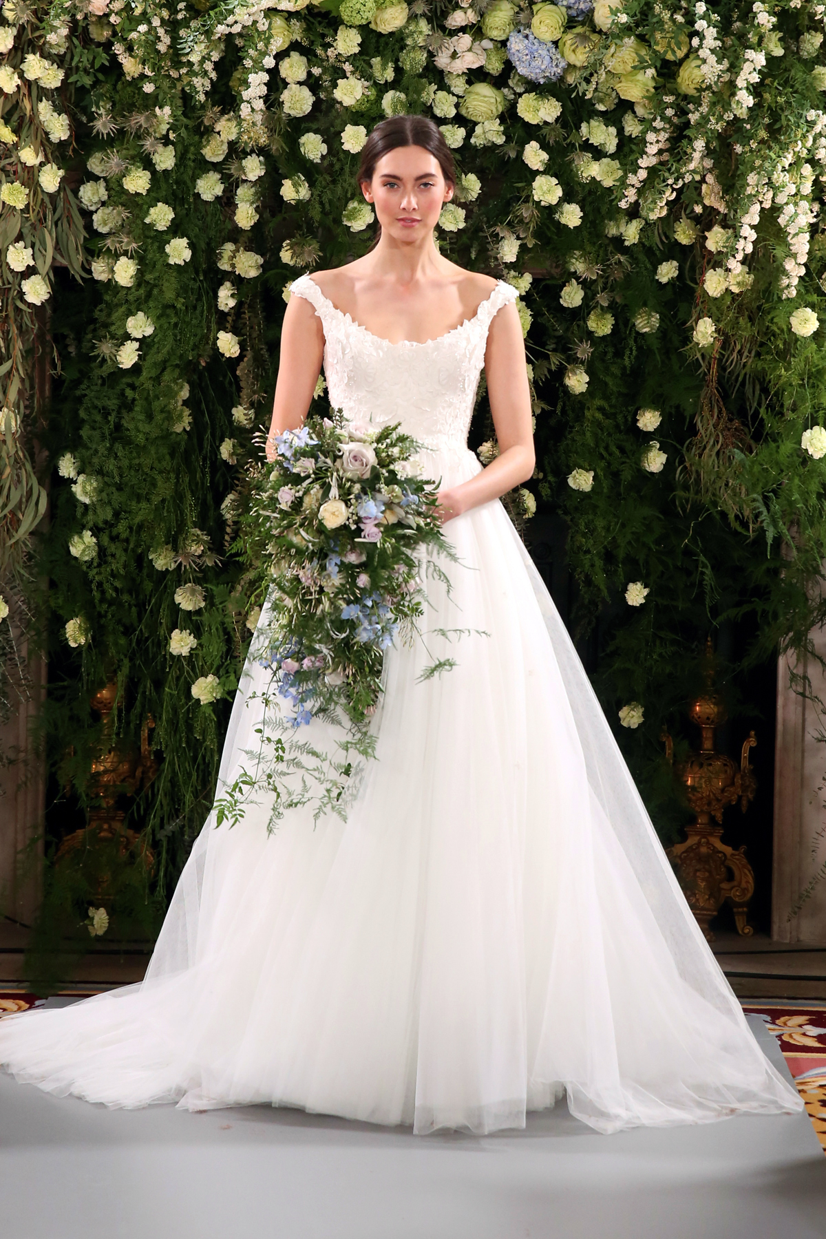 Jenny packham introduces her 2019 bridal fashion for Jenny packham robe de mariage de saule