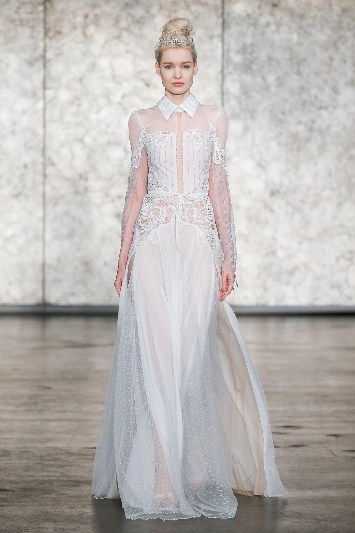 Meghan Markle S Wedding Dress What Will She Wear Love