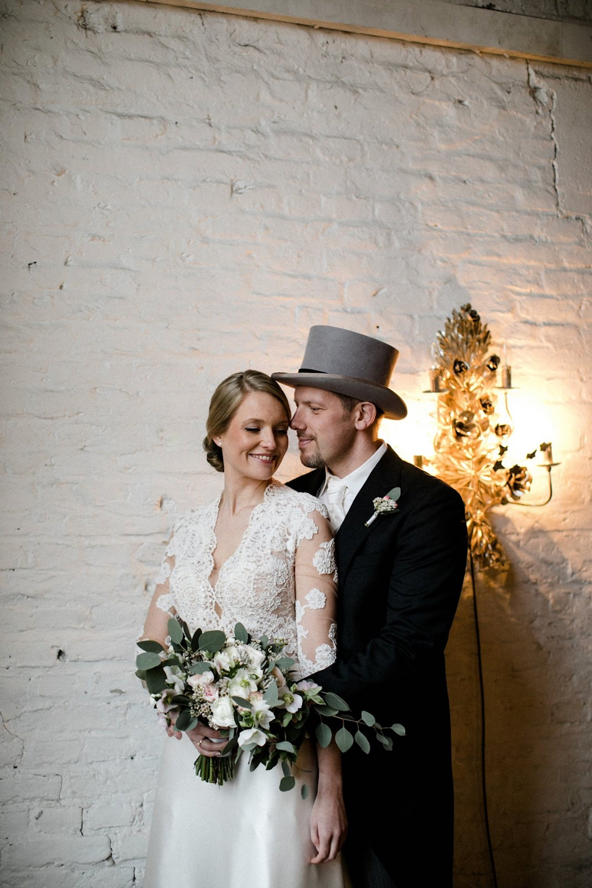 """10e059d0a52 Old Holywood glamour magical winter wedding Berlin Oh Hedwig Photography -  Old Hollywood Glamour For a. """""""