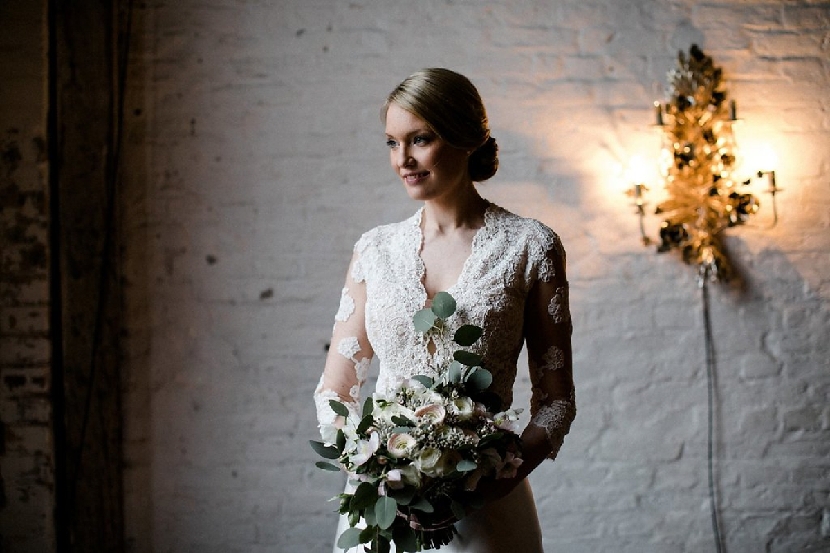 fe4d3b04ae Old Holywood glamour magical winter wedding Berlin Oh Hedwig Photography -  Old Hollywood Glamour For a