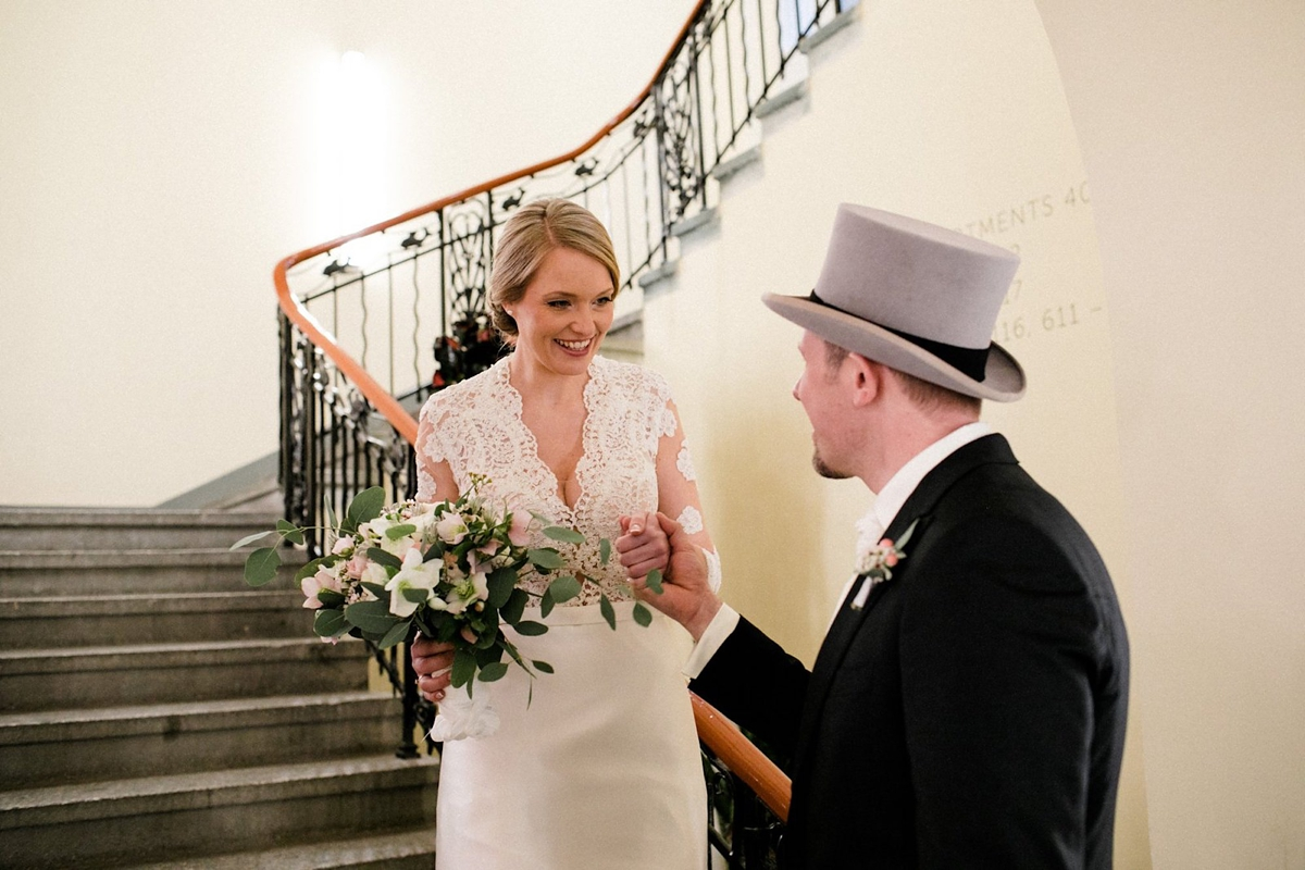 e7f9e271a6e Old Holywood glamour magical winter wedding Berlin Oh Hedwig Photography -  Old Hollywood Glamour For a ...