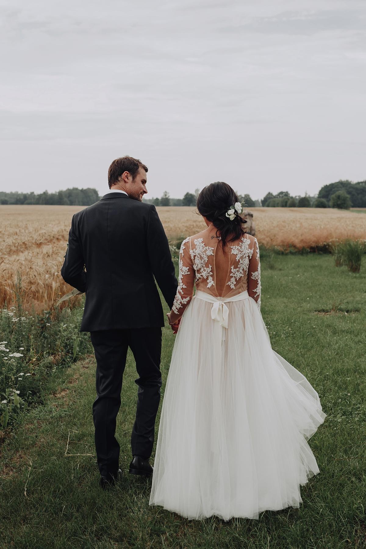 https://www.lovemydress.net/wp-content/uploads/2019/02/Katya-Shehurina-Latvia-Wedding-17.jpg