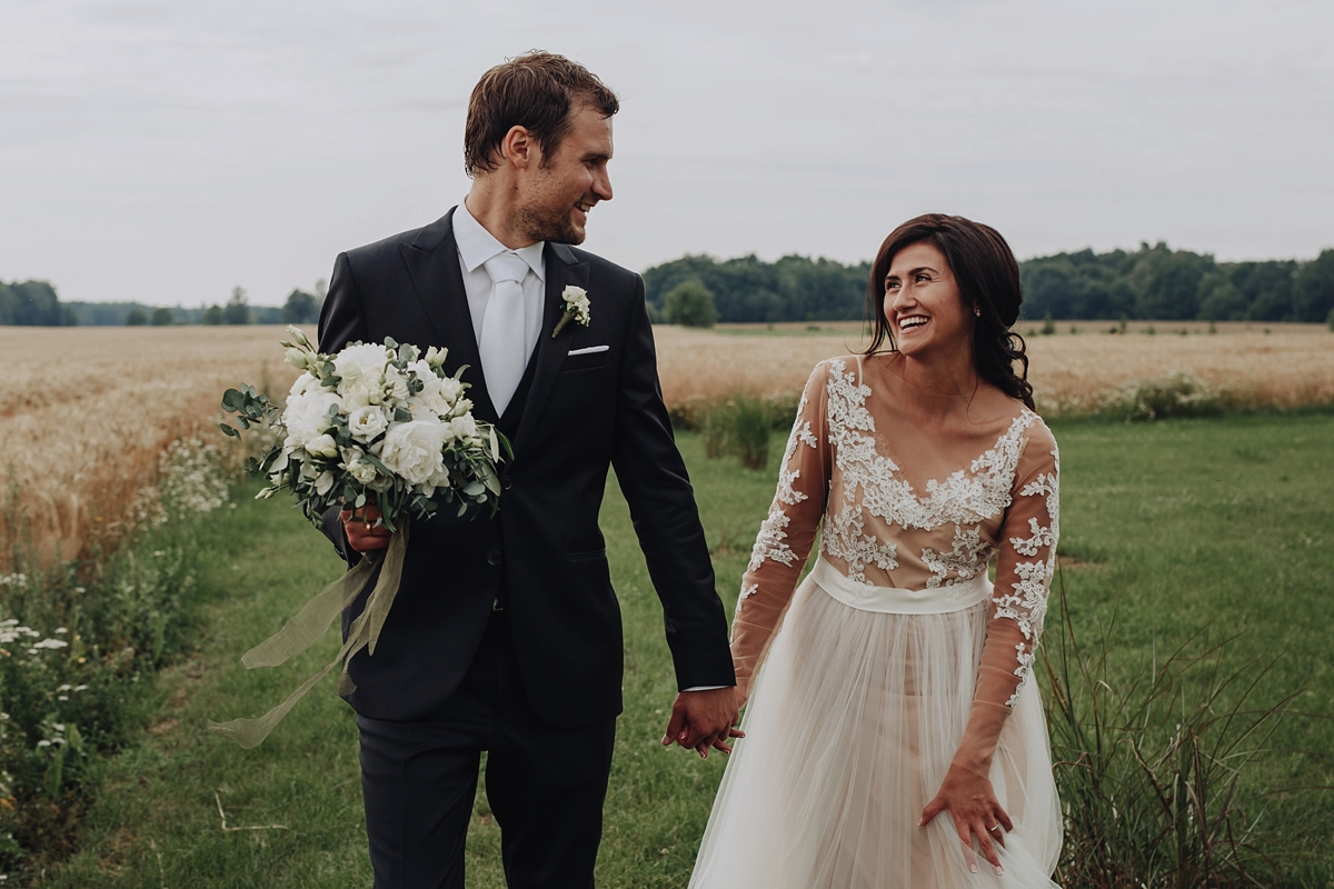 https://www.lovemydress.net/wp-content/uploads/2019/02/Katya-Shehurina-Latvia-Wedding-18.jpg