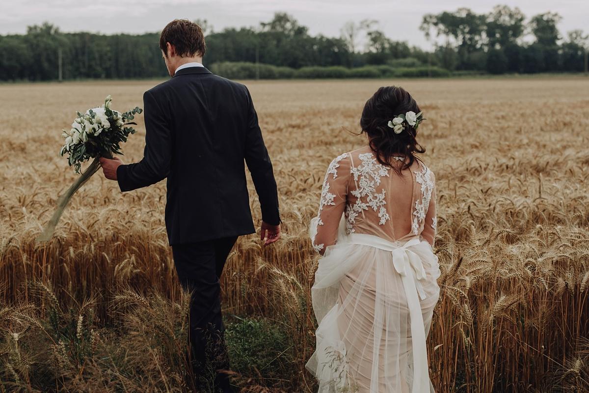 https://www.lovemydress.net/wp-content/uploads/2019/02/Katya-Shehurina-Latvia-Wedding-19.jpg