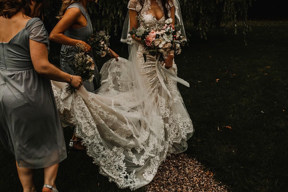 572611320 Riki Dalal bride Yorkshire wedding - A Riki Dalal Dress for a Glamorous  Bride and