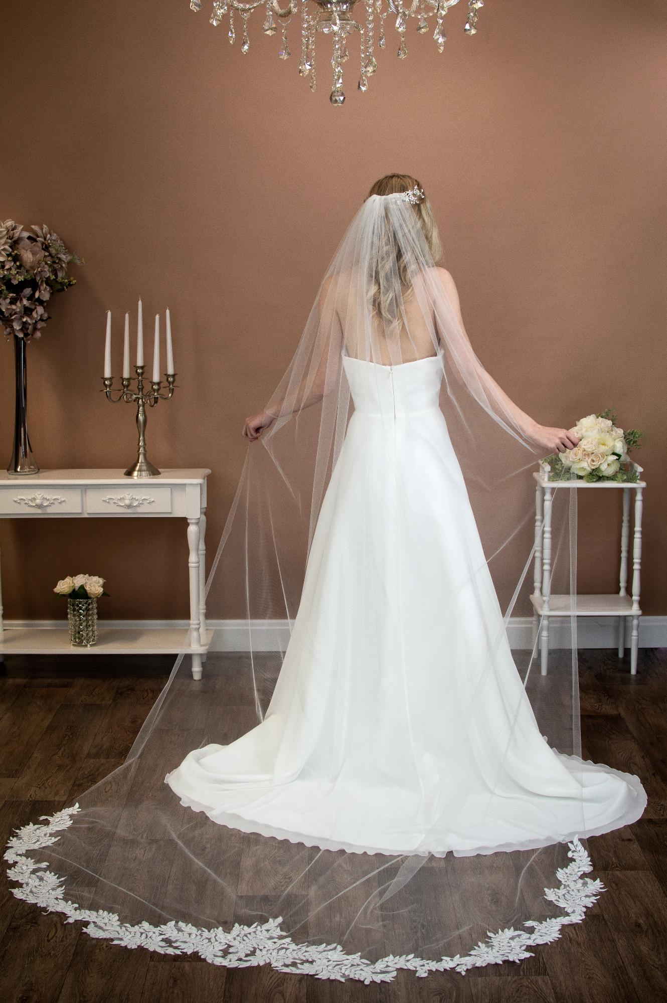 The Wedding Veil Shop Wedding Veil Lengths Styles For Every Bride Love My Dress Uk Wedding Blog Wedding Directory