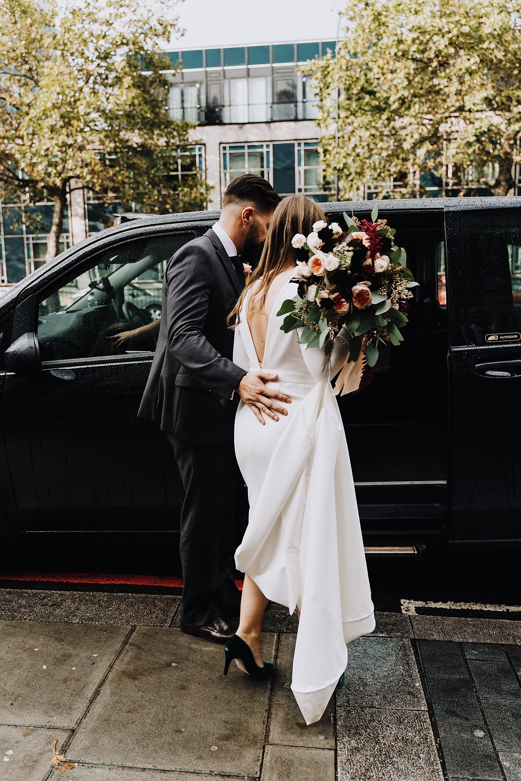 A Bon Bride Dress Rsa House London Wedding With Dark Romantic